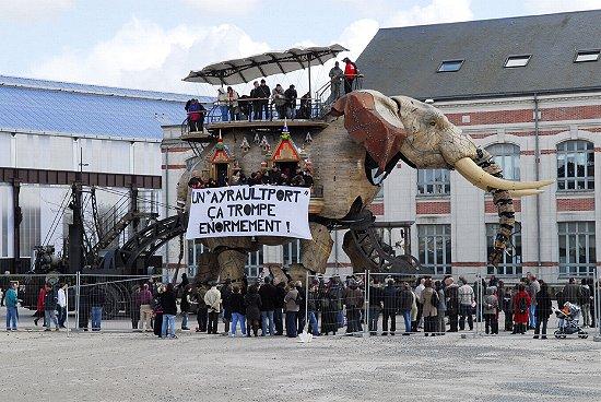 http://www.desobeir.net/images/ayraultport.JPG